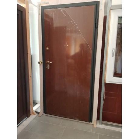 Portone blindato porta ingresso CLASSE 3 pannellatura liscia noce 90 x 210